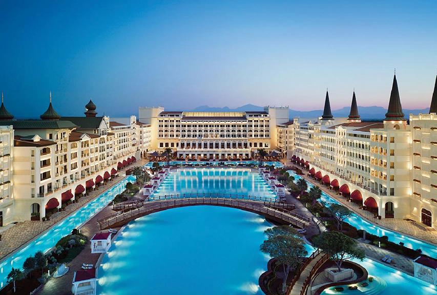 Fibrobeton Mardan Palace Hotel