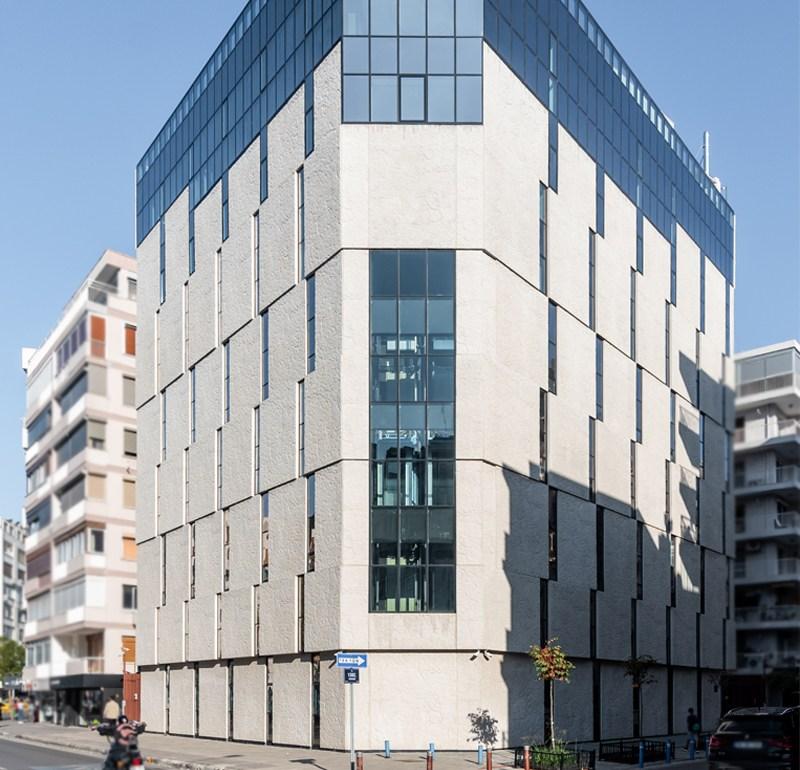 İzmir Dernek Binası