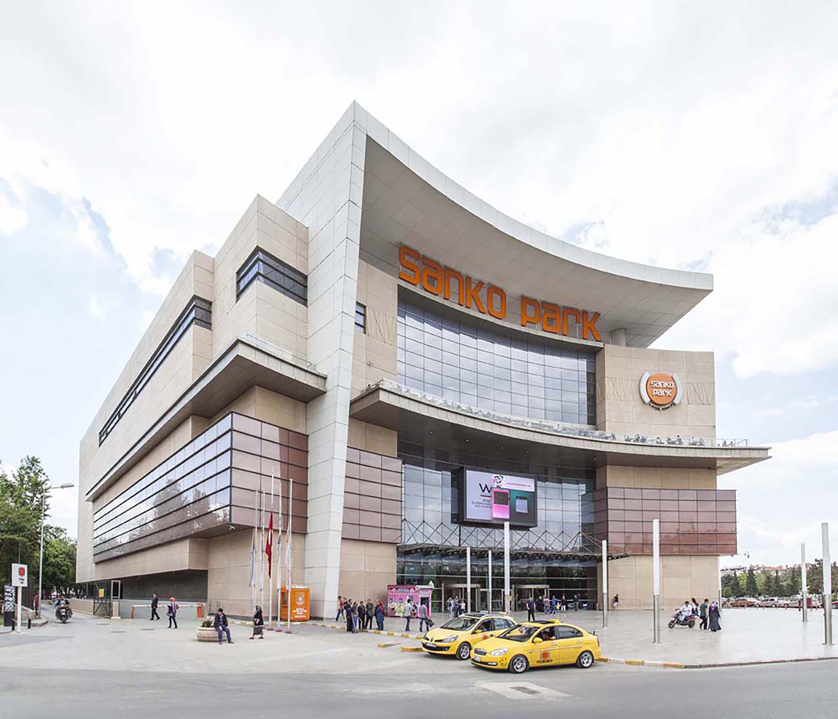 Fibrobeton Sankopark Shopping Mall