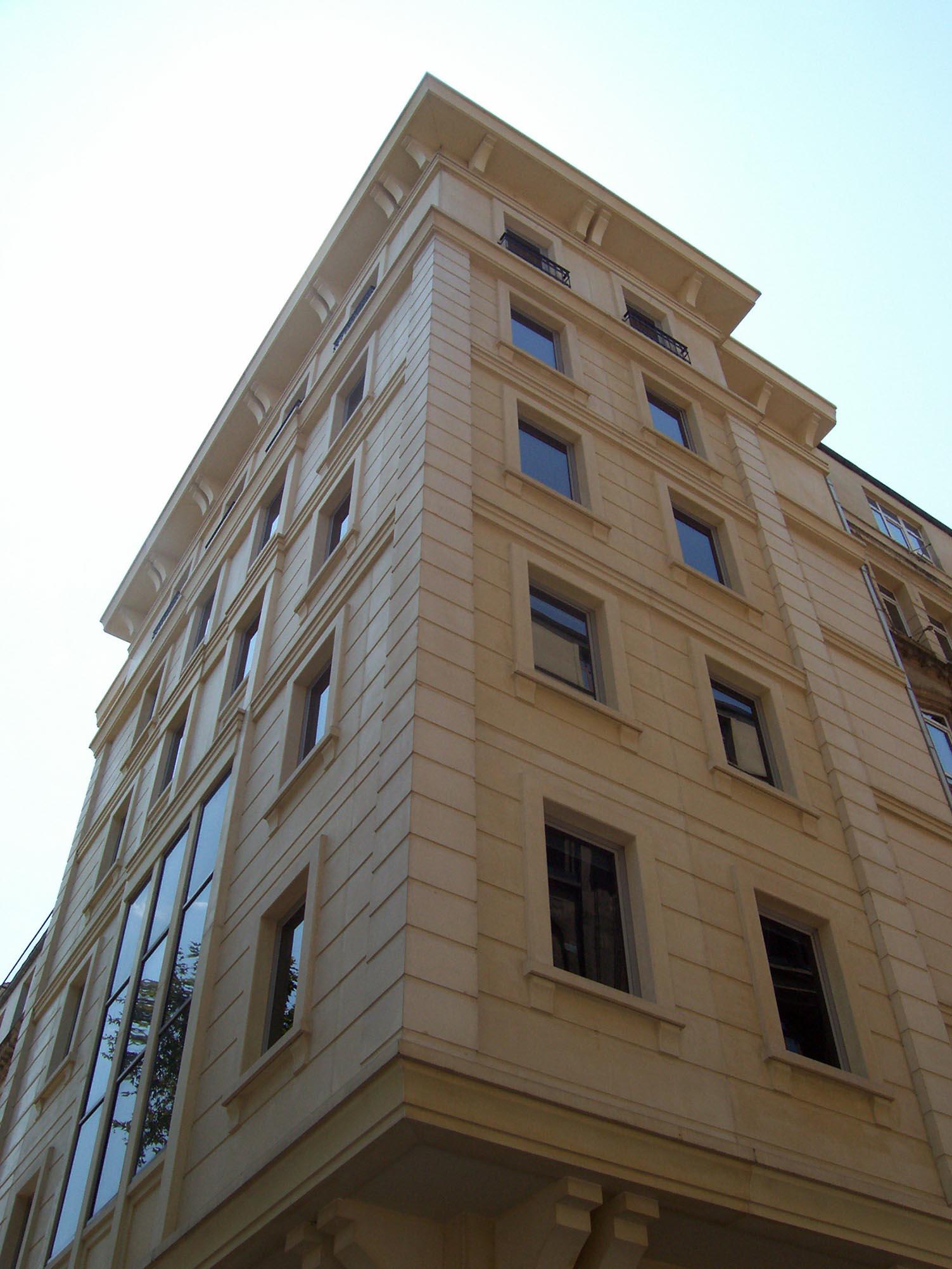 Fibrobeton Vakıflar Bank, Karakoy